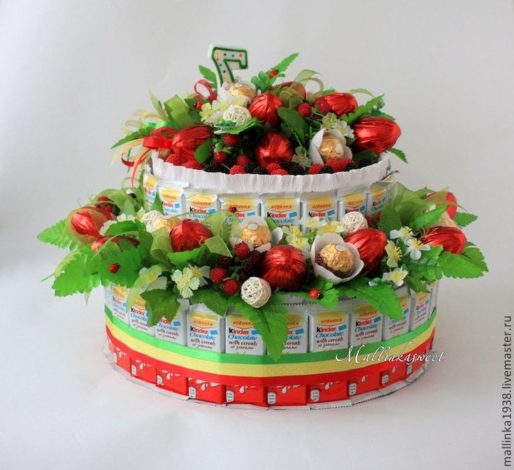 """Купить букет из конфет, торт из киндеров """"Обжорка"""" - ярко-красный, киндер-сюрприз, торт из киндеров"""