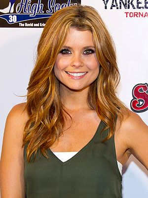 JoAnna Garcia-Swisher Gets Real About Beauty http://stylenews.peoplestylewatch.com/2011/09/09/joanna-garcia-swisher-mary-kay-beauty/