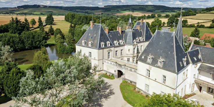 5 Chateaus Where You Can Stay Like a Royal for Less Than $175