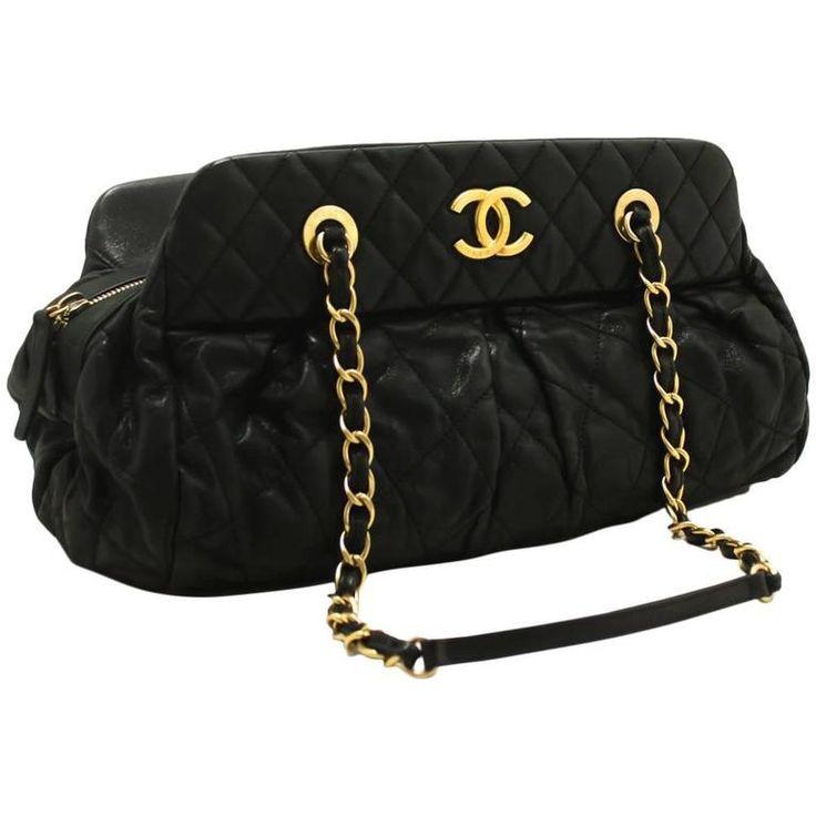 CHANEL 2012 Hobo Shoulder Bag Black Quilted Leather Zippered Purse