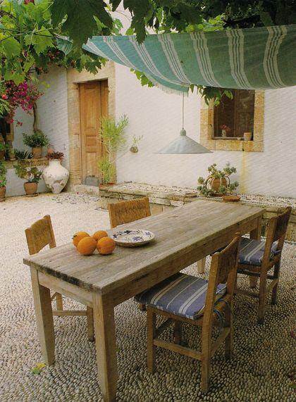 al fresco.patio con toldo, precioso