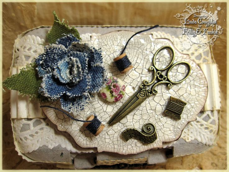 Altered egg carton lid w/tutorial - The Funkie Junkie
