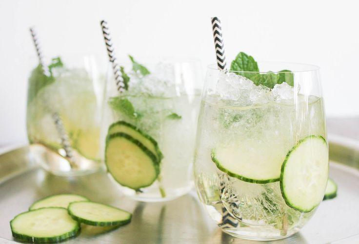 Gezond bezig, maar toch zin in een cocktail? Met deze 3 gezonde cocktail recepten kun je op z'n tijd alsnog genieten van een lekker drankje.