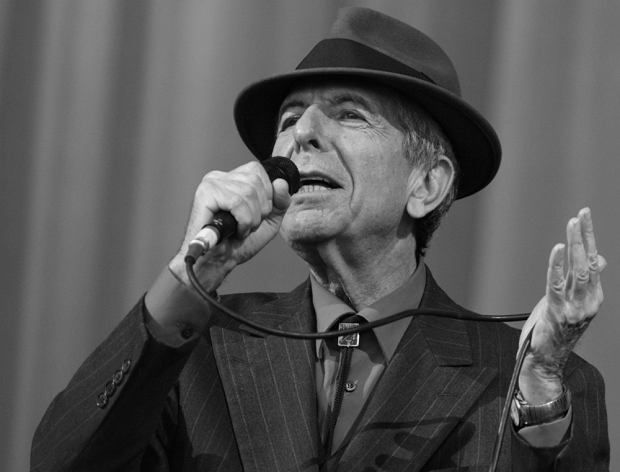 Franek i jego wędrówki: Leonard Cohen nie żyje. Miał 82 lata - TVN24
