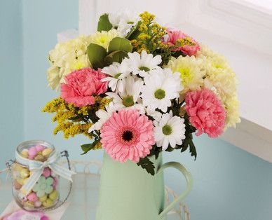 Treat someone to a beautiful bouquet #Aldi #Flowers