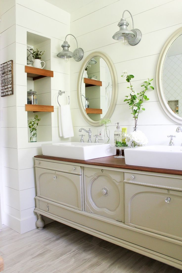 Best 25 oval bathroom mirror ideas on pinterest half - Farmhouse style bathroom mirrors ...