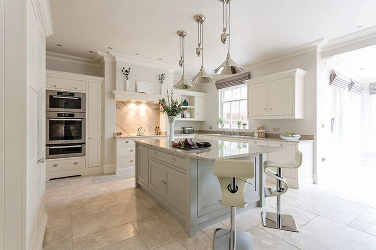 Open Plan Family Kitchen – Tom Howley