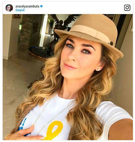 aracely arambula sombrero