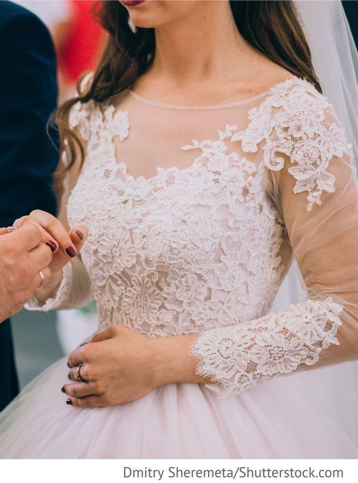 Brautkleid mit Spitze für russische Hochzeiten