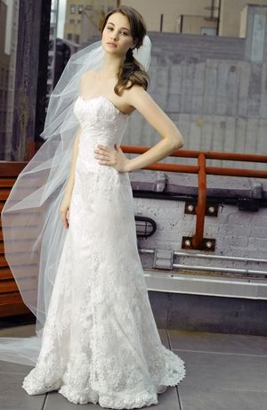 Bridal Gowns: Henry Roth Sheath Wedding Dress with Strapless Neckline and No Waist/Princess Seams Waistline