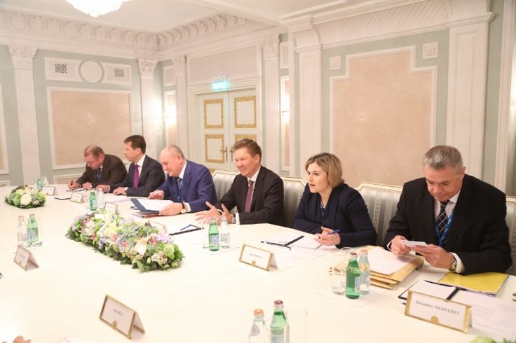 http://www.gazprom.com/preview/f/posts/59/628286/w800_dxfm4071_(1).jpg Gazprom and Fluxys discuss new European infrastructure for Russian gas supplies - http://www.energybrokers.co.uk/news/gazprom/gazprom-and-fluxys-discuss-new-european-infrastructure-for-russian-gas-supplies