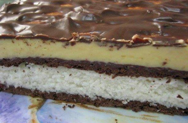 """REŢETA ZILEI: Prăjitură """"Diafană"""", gata în 15 minute"""