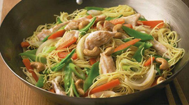 Chicken & Cashew Singapore Noodles