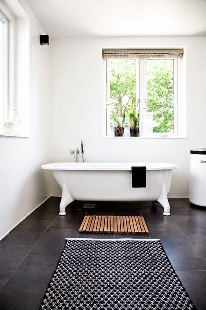 dark tiles in the bathroom