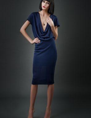 O minunata #rochie de seara care poate fi purtata la orice eveniment. Foarte sexy si atragatoare.