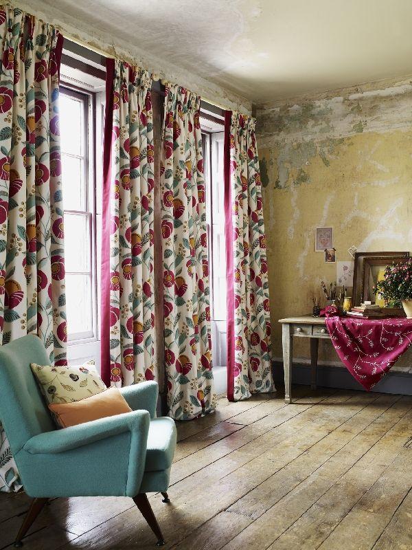 Living room curtains Delilah 30 magenta