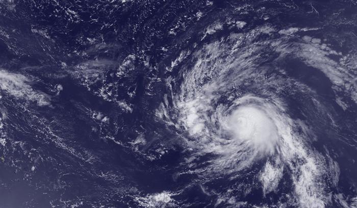 Tempestade tropical Gaston agita as FloresTempestade tropical Gaston agita as Flores 02 DE SETEMBRO DE 2016 - 16:02 A intensidade máxima de rajada de vento registada até ao momento foi 83 km/h, na ilha das Flores, devido à passagem da tempestade tropical Gaston. O governo regional não registou ainda ocorrências.
