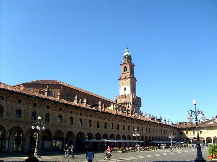 Ducale Square Vigevano
