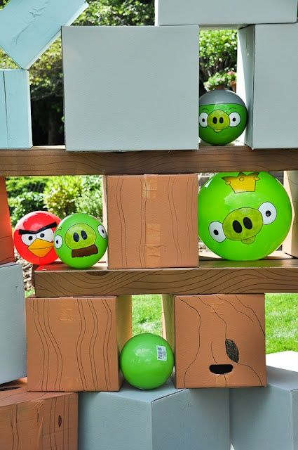 Minute to Win It - Angry Birds Annie will have plenty of left over packing boxes for this one!