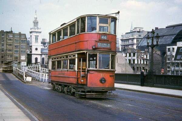 Southwark Bridge  London Trams, 1950s - Retronaut