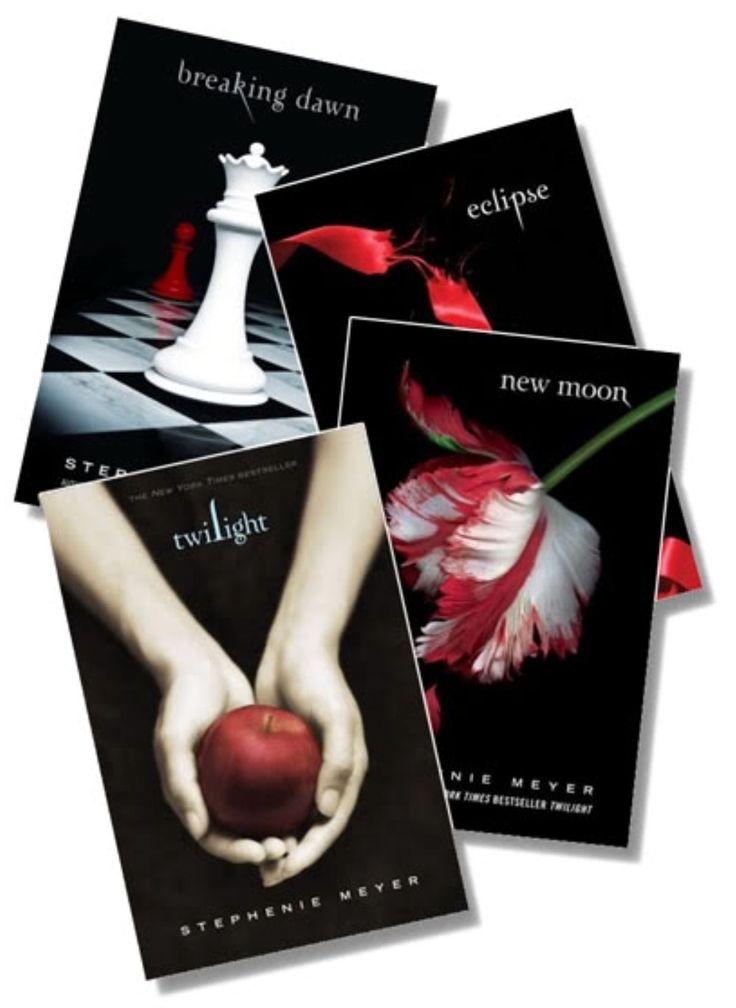 "❇️Available in our shop. Follow us to get shop updates❇️ #avonplusshop @avonplusshop - Twilight Saga Book 1 ""Twilight"" #TwilightSaga"