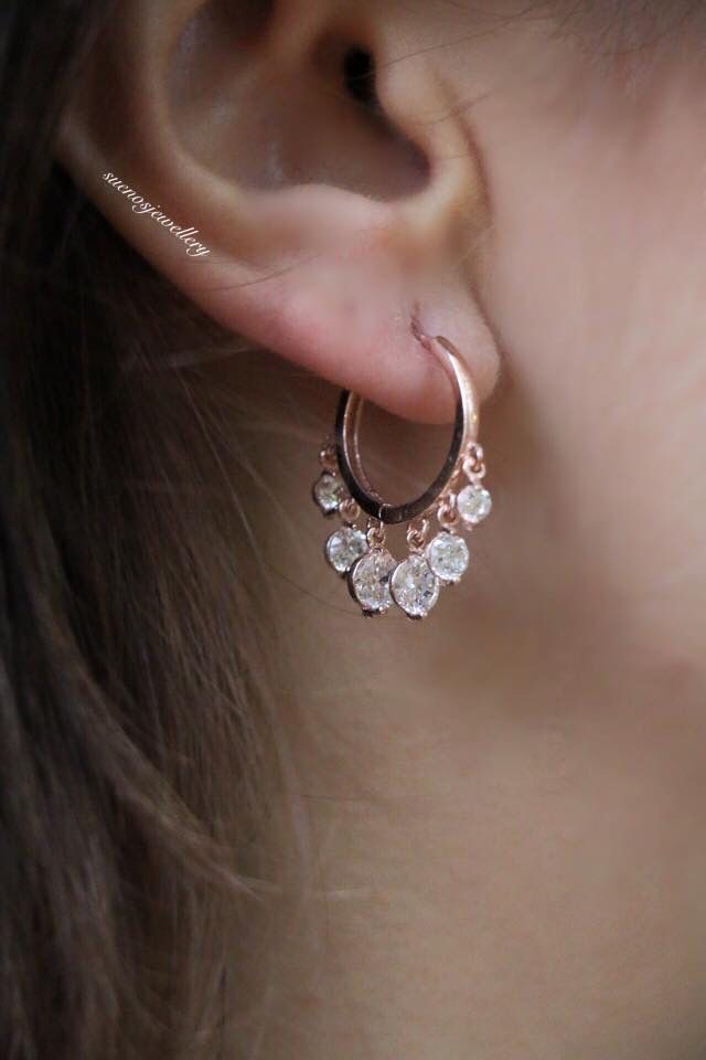 Shakira Earring with Zirkonia Stones