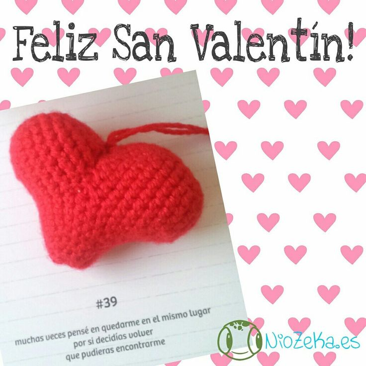 Me encanta esta foto del llavero corazón de amigurumi como idea regalo para San Valentín!