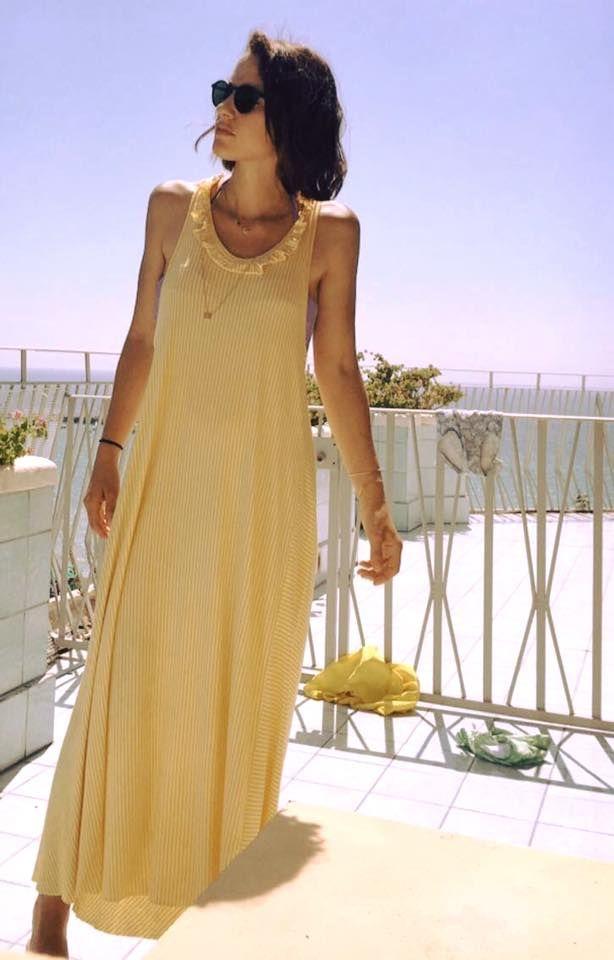 @bealegamipreziosi TUTTA ESTATE in una foto!! splendida nel suo abito PALLLIDA