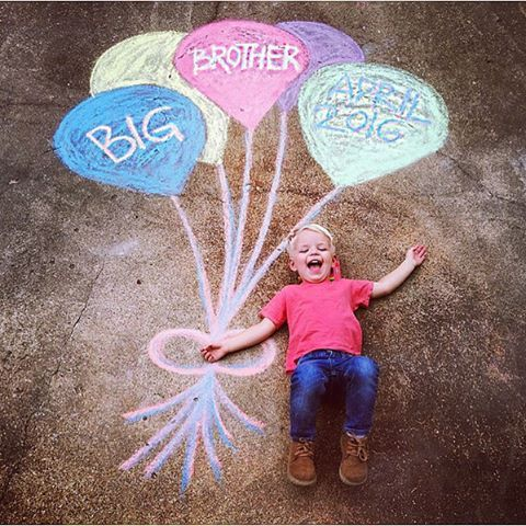 How cute is this DIY pregnancy announcement  from BB Mama @owleaturface! Will your baby have a #bigbrother or #bigsister? # #siblingsforlife