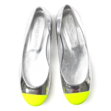 Neon Yellow + Silver. Kinda obsessed with these two colors at the moment.