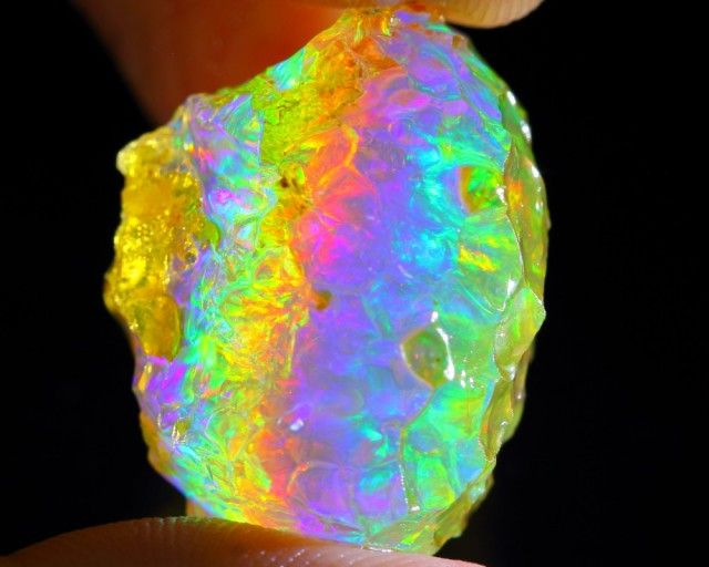 55Ct Super Colour Contra Luz Natural Ethiopian Welo Rough Opal