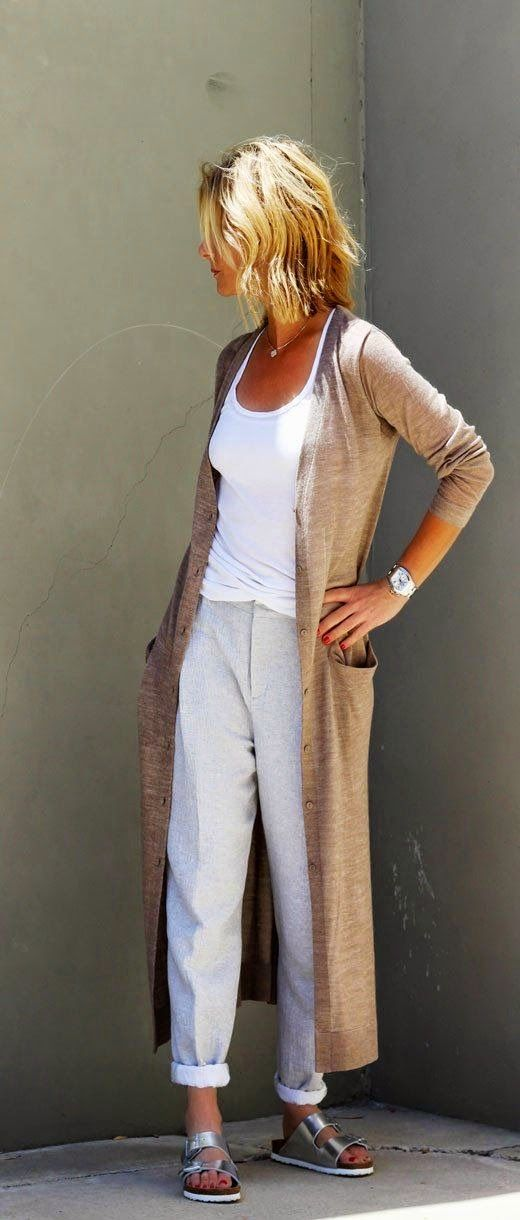 Cardigan, trousers and shoes