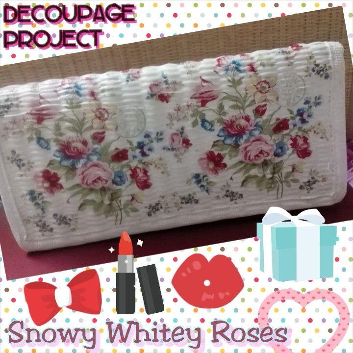 White lady wallet