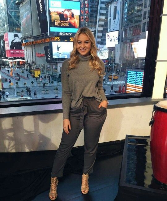 Iskra Lawrence - the style for her figure ✨