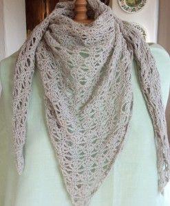 crochet triangular scarf