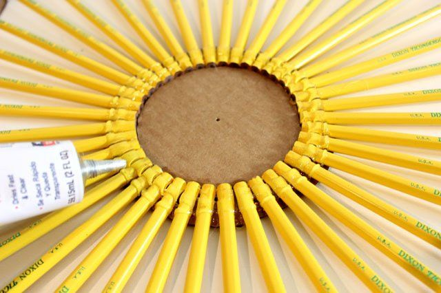 Make a Pencil Wreath With This Easy DIY   eHow