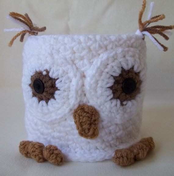 Snowy white owl crochet toilet paper cover snowy owl adorable owl toilet paper cozy bathroom - Decoration au crochet ...