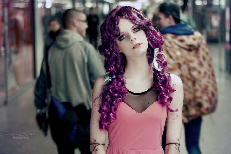 @cecyliaprusiska as a purple doll by #PANNAPOZIOMKAphotography on panna-poziomka.deviantart.com @pannapoziomka #photoshoot #livingdoll #purple #doll #polishgirl #fashion #mua #warsaw #purpledoll
