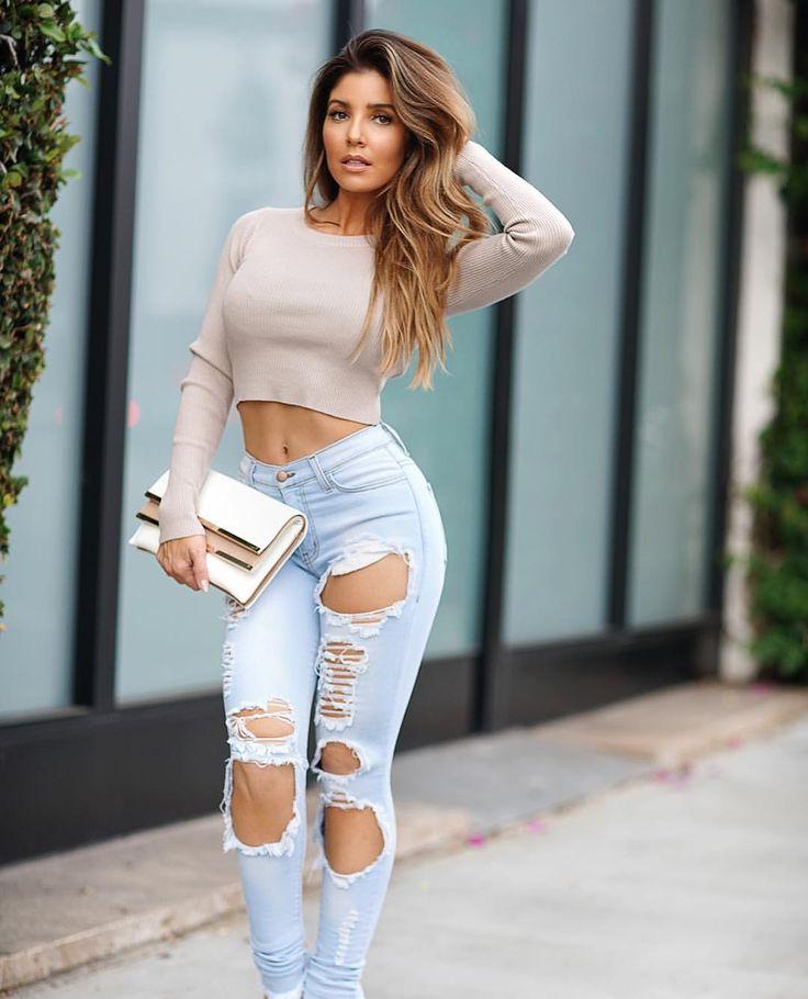 "255 curtidas, 6 comentários - Claire Anderson ❤ (@clairelabella) no Instagram: ""Fall in LA be like @melissamolinaro in her clothing line @mae.mm  @claireandersonphoto…"""