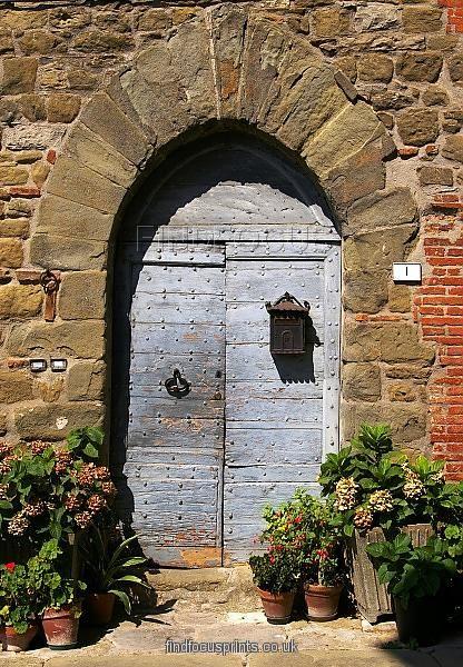 castel-rigone-door .jpg (416×600)