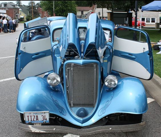 1950S FORD CUSTOM CONVERTIBLE 1934 Ford 3 window 1940 Ford Coupe – Back Custom…