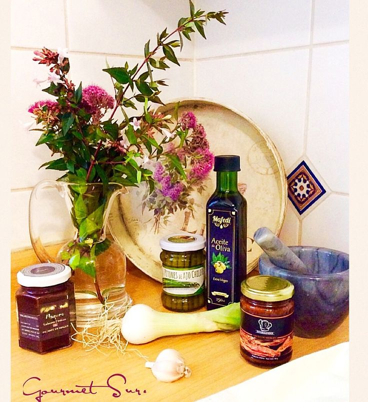 Gourmet Sur www.gsgourmetsur.com/ contacto@gsgourmetsur.com Selección de productos del Sur de Chile de gran calidad y exquisito sabor. Perfecto para un regalo especial,  un regalo corporativo o para celebrar entre amigos. Ingresa a nuestra página y conoce todas nuestras opciones de Cajas Gourmet Sur. La mejor calidad y siempre un muy cuidado empaque. A pedido Bolsitas Gourmet Sur con 2 o 3 productos a elección. Escríbenos y te ayudaremos a preparar el regalo que necesitas¡