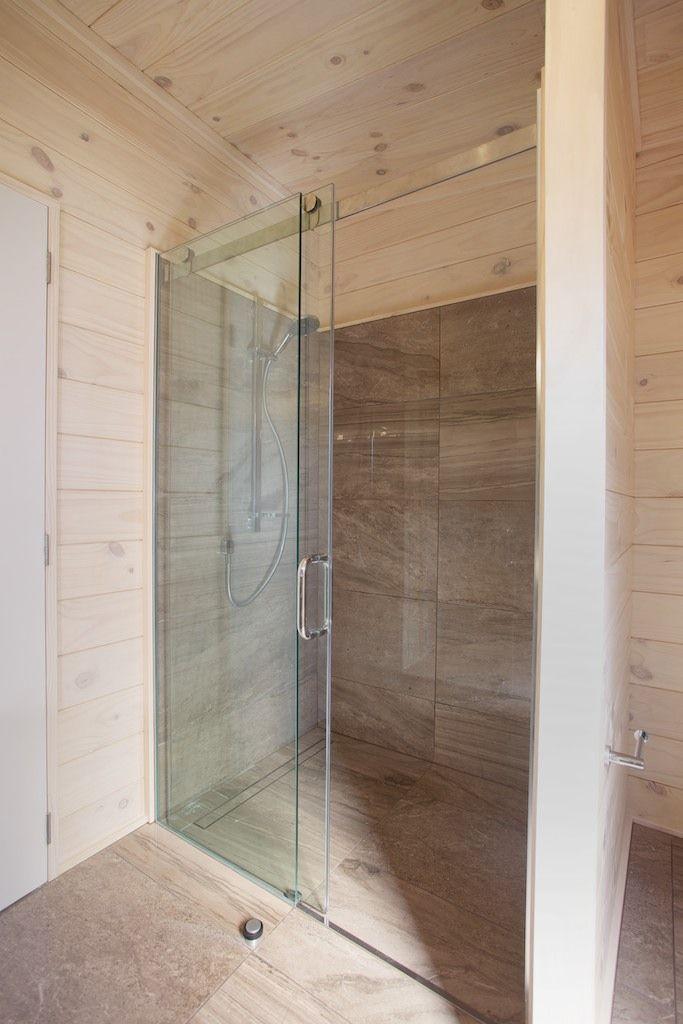 Shower track
