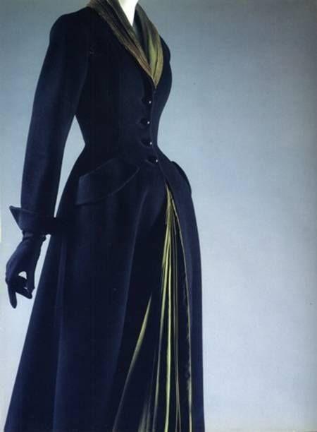1947 Velvet Dior coat. Lovely.