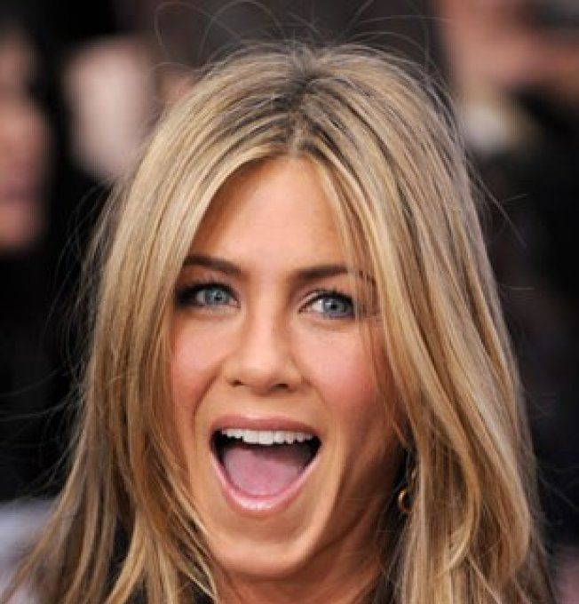 Jennifer Aniston nue - Vos-starscom