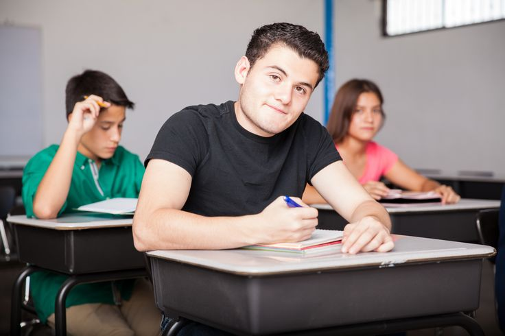 educating special needs students i e autism The goal at most public schools is to include special education students in general education classrooms as much as possible, depending on each student's individual needs.