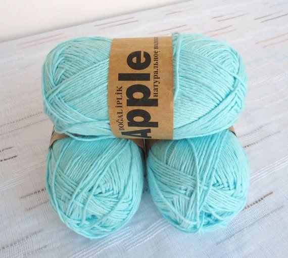 turquoise Bamboo yarnEach skein: 100 gr knitting by Yarnshopping