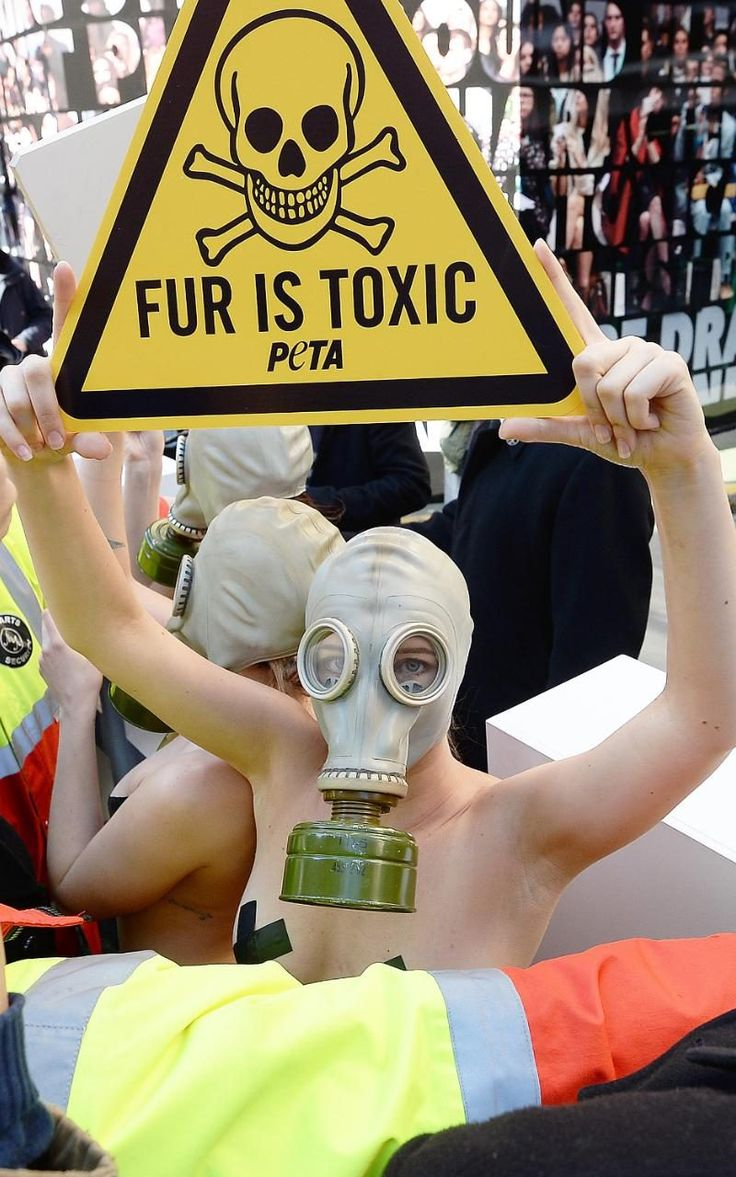 #LondonFashionWeek AW16: PETA Fur protests hit Brewer Street Car Park  #london #fur #fashion