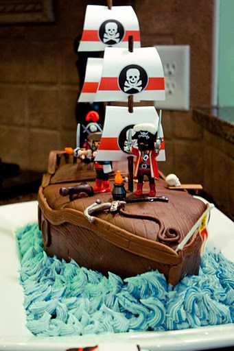 Pirate Birthday PartyPirates Ships, Halloween Parties, Pirate Ships, Birthday Parties, Pirates Birthday, Pirates Parties, Parties Ideas, Birthday Cake, Ships Cake