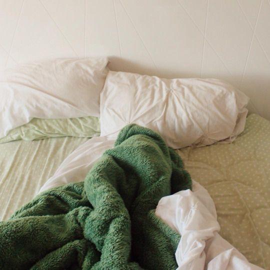 love green bedding <3